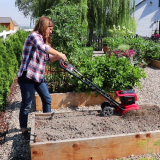 Best Tiller For Raised Beds: how to choose correctly
